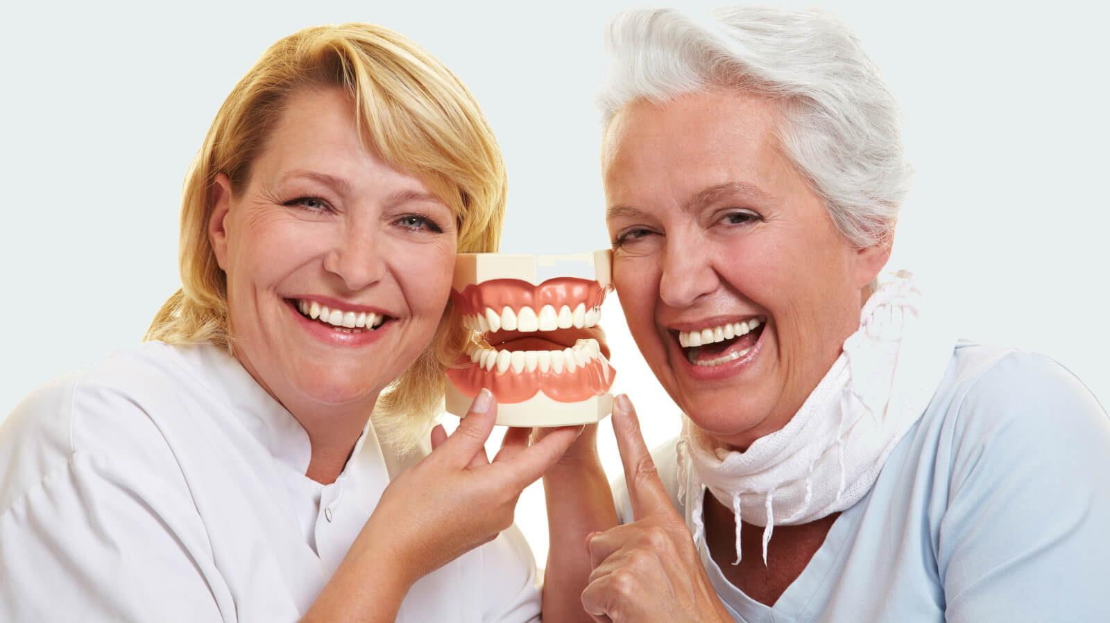 Protezirovanie zubov pensioneru e1516481619753