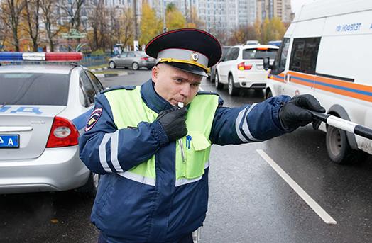 kakie prava est u voditelja esli inspektor dps ostanovil avtomobil a41ad57