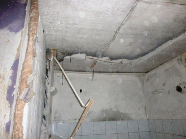 santehkabina v panelnom dome 93e9522