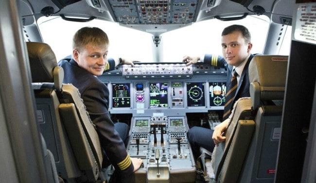 zarplata pilota grazhdanskoj aviacii passazhirskogo samoljota v rossii v 2018 godu b795fd0